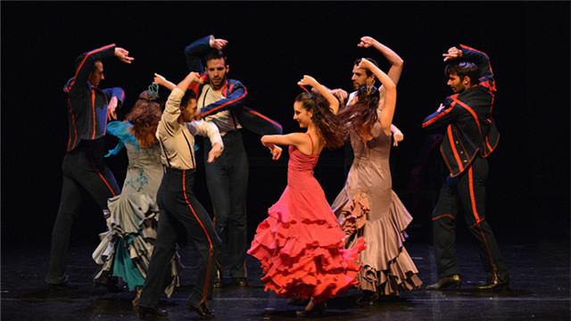杨丽萍舞蹈剧场《十面埋伏》隆重揭幕2015国家大剧院舞蹈节